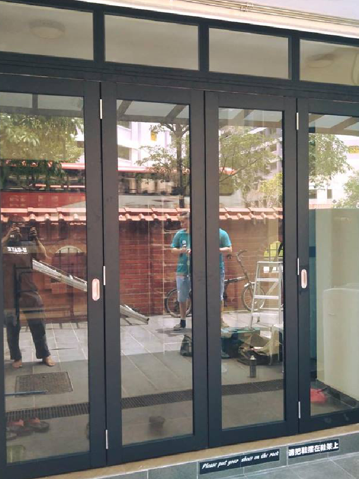 Aluminium-Folding-Door-Per-Square-feet