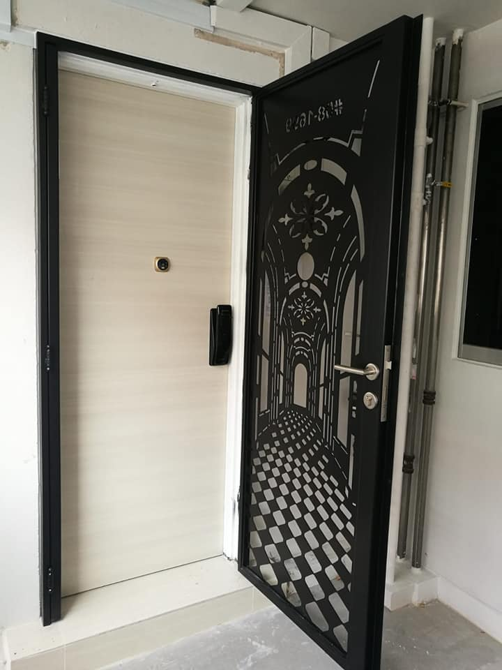 In-House Laminate Solid HDB Main Wooden Door Single Leaf 3x7 Feet