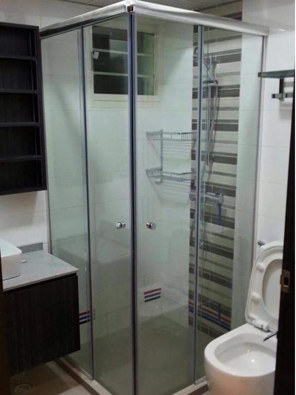 l-shape-glass-showerscreen
