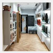 Tampines Shop